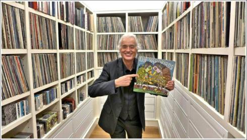 JP e la collezione di dischi di Cliff Burnstein - foto di Ross Halfin