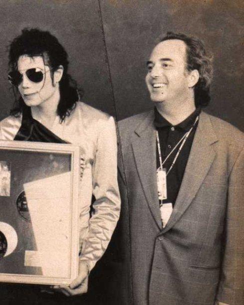 M Bonelli e MJ