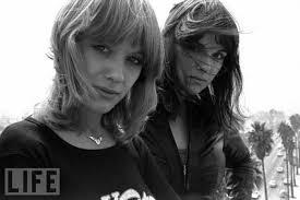 Fighe Anna & Nancy Wilson
