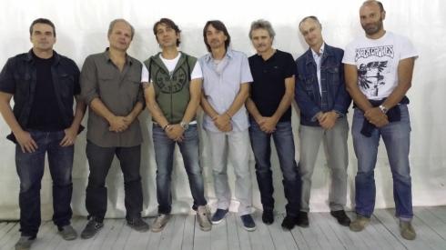 Illuminati del blues 31-8-2013: da sx a dx: Biccio, Picca, Mixi, Tim, Riff, Francesco, Lorenzo Stevens
