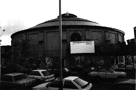London, la Roundhouse alla fine degli anni settanta.