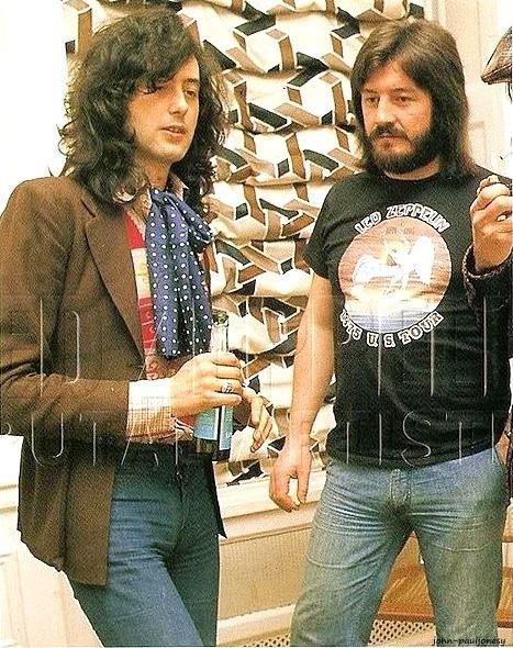 Jimmy Page e John Bonham 1975