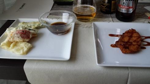 verdure e salmone fritto in agrodolce