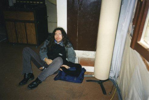 Studio Daze - Fausto allo Vida Stdio tra una take e l'altra (autunno 1999)  - (Foto di TT)