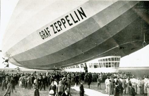 zeppelin-a-roma-arrivo-a-ciampino (dal www.ilpost.it)