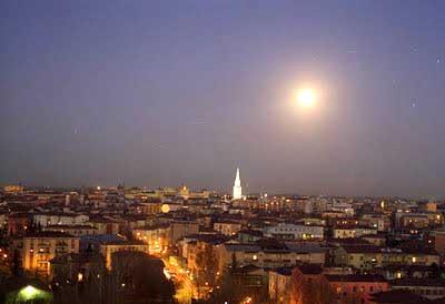 Modena nella sera