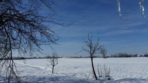 Borgo Massenzio Snowy Skyline - foto TT