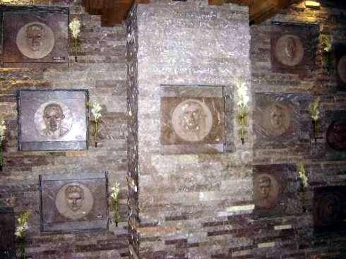 Interno del mausoleo Guevara - Santa Clara (photo internet)