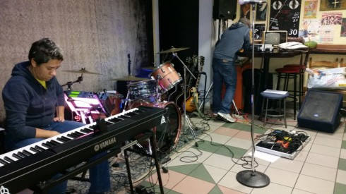 THE EQUINOX- Soundcheck alla PERLA 4/12/2015 -Foto TT