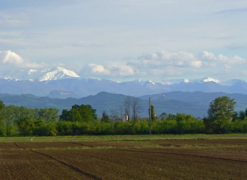 Monte Cusna - panorama dalla pianura