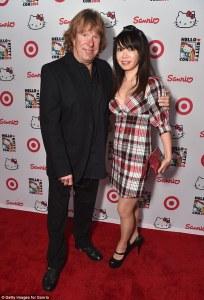 Keith Emerson & Mari Kawaguchi (Getty Image-Daily Mail).jpg