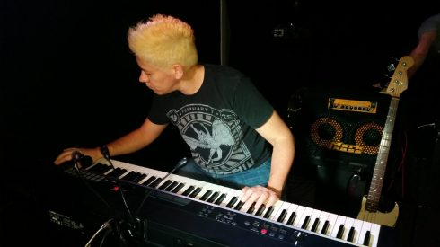 Soundcheck: the piano girl - The Equinox -Stones café 20-5-2016